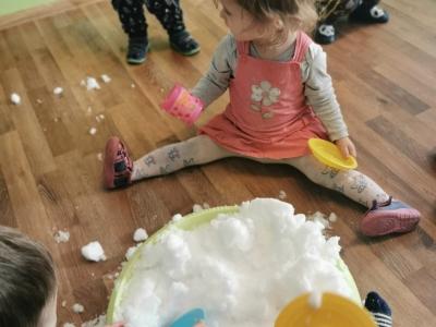 Zabawy ze sniegiem